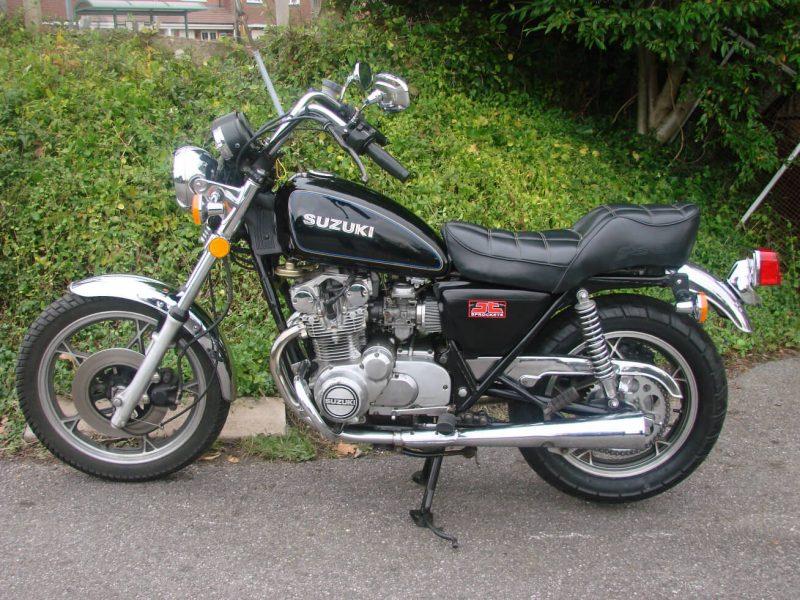 SUZUKI GS550 E