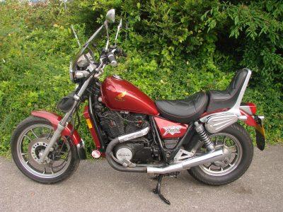 HONDA VT700